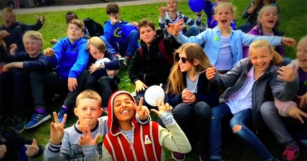 Bilde av elevene i 5. trinn ved Åsgård skole.